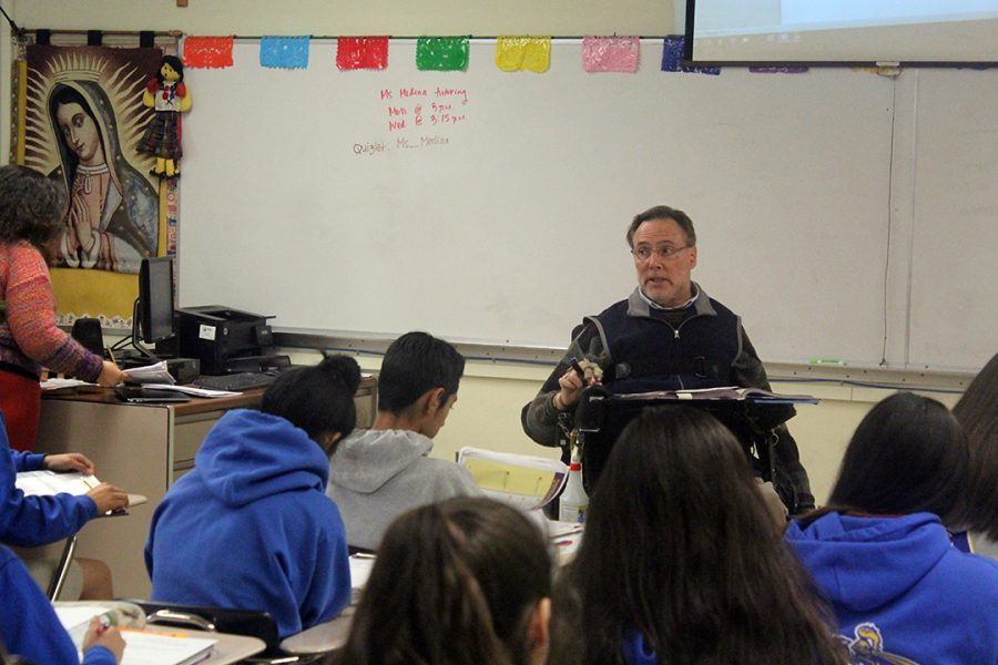 Through teaching and tutoring, Señor Johnson gives back to the community