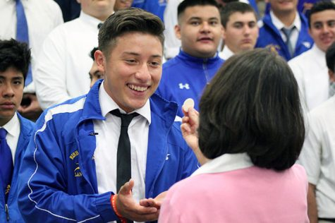 Bishop Amat celebrates the Easter miracle
