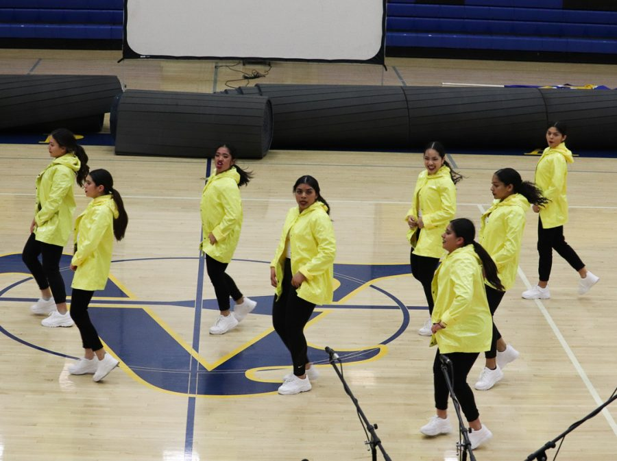 The hip-hop dance team is showing off some dance moves for Amats visitors.